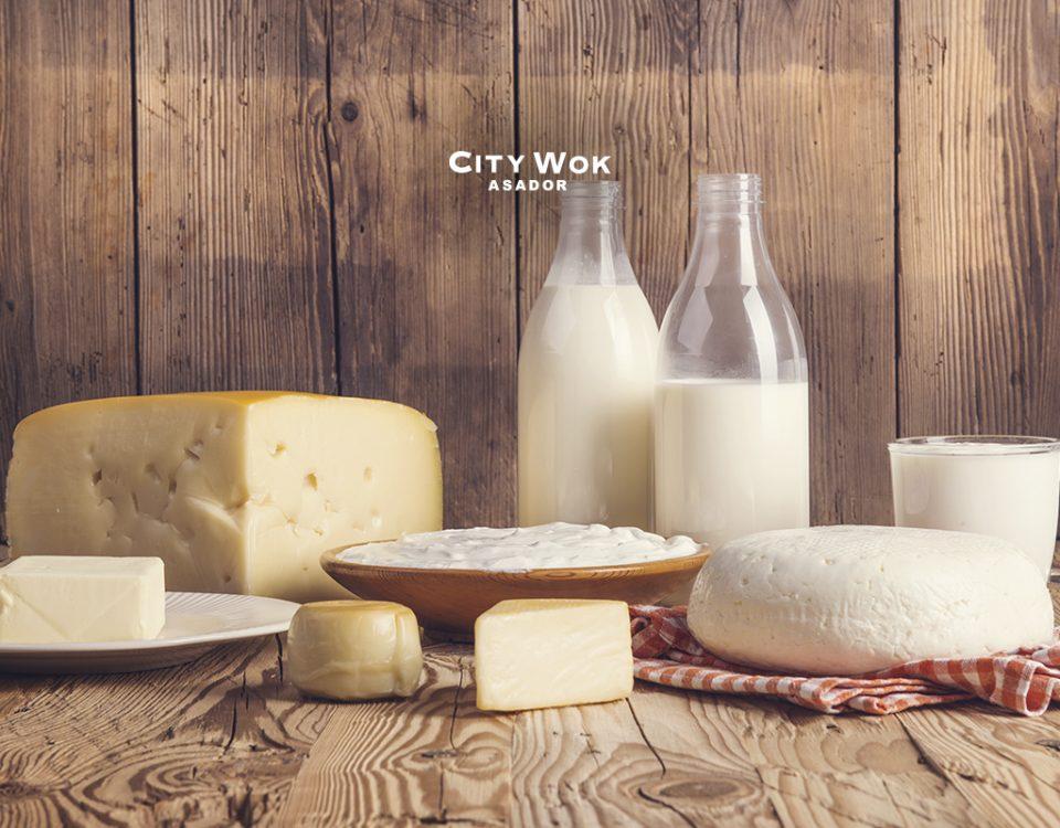 Lácteos desnatados y enteros ¿cuáles son los mejores para estar sanos?
